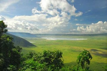 visit ngorongoro crater and serengeti national park
